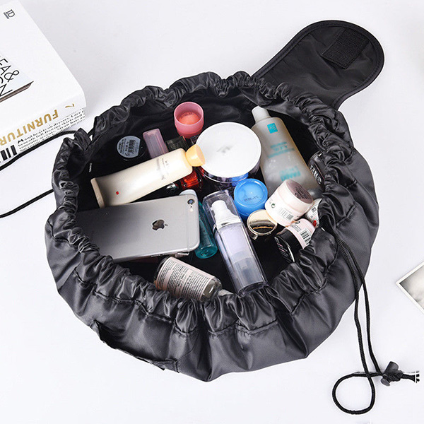 Catwalk Pull N' Pack Makeup Bag